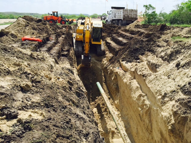 pipeline excavation.jpg