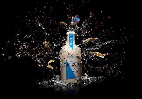 Turicum-London-Dry-Gin-Splash.jpg