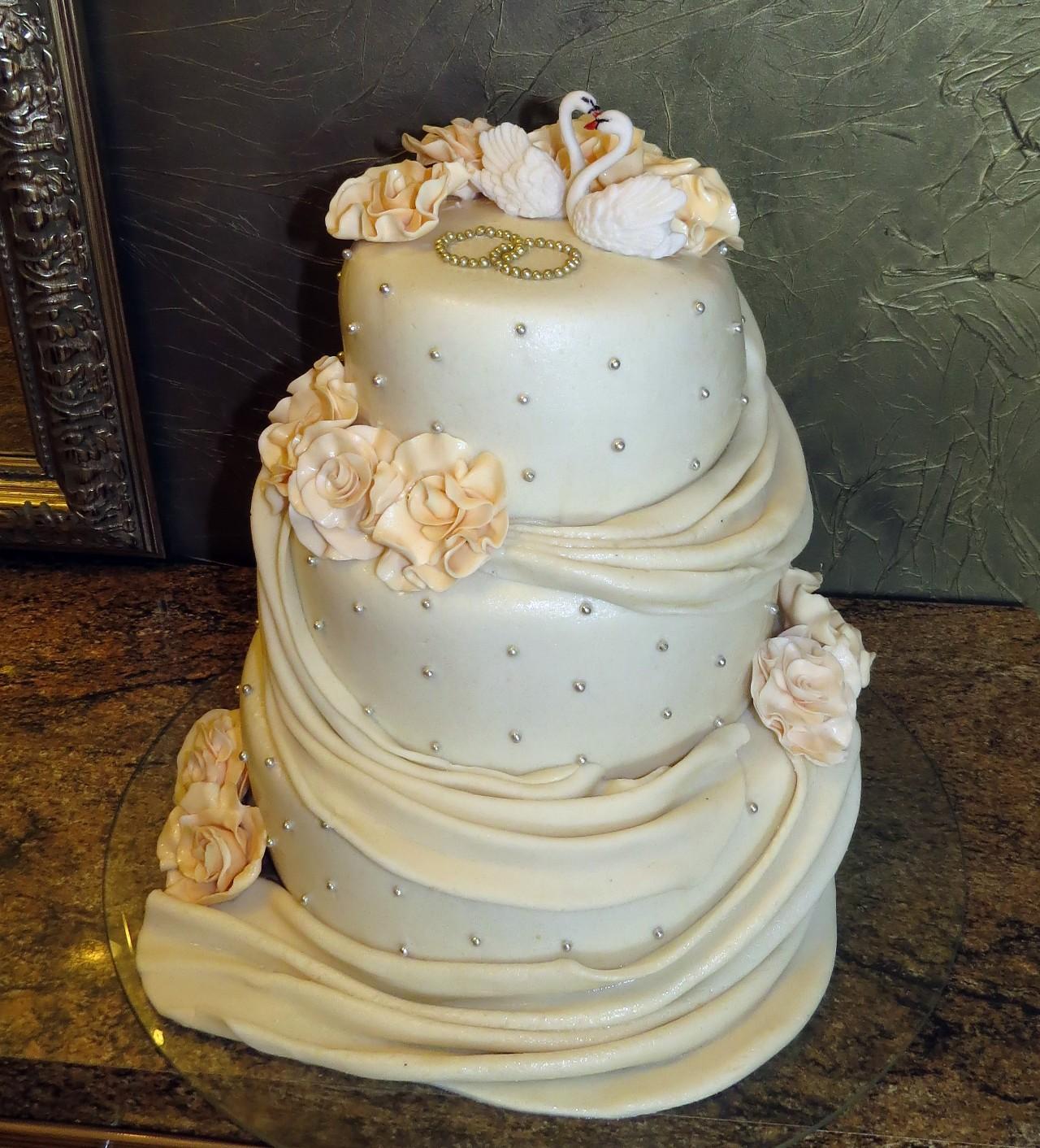 Свадебные многоярусные