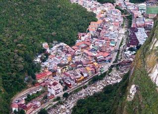 一個被豐富植披覆蓋的城市-Aguas Calientes 熱水鎮