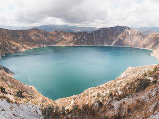 走進火山的湖泊深處,Quilotoa火山