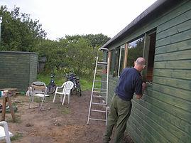 Building Shed & loo.JPG