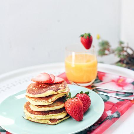 Greek Yogurt & Blueberry Protein Pancakes