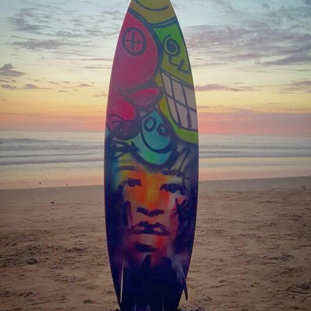 OliGa custom surfboard design