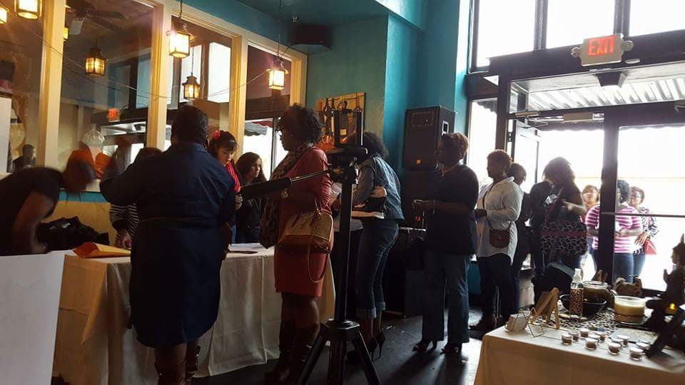 NATURALLY HURD HAIR EVENT CROWD OUT THE DOOR