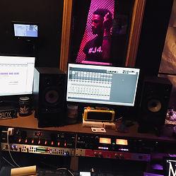 Picture of Broski Bo Rapper at MCM Studios in Pittsburgh PA