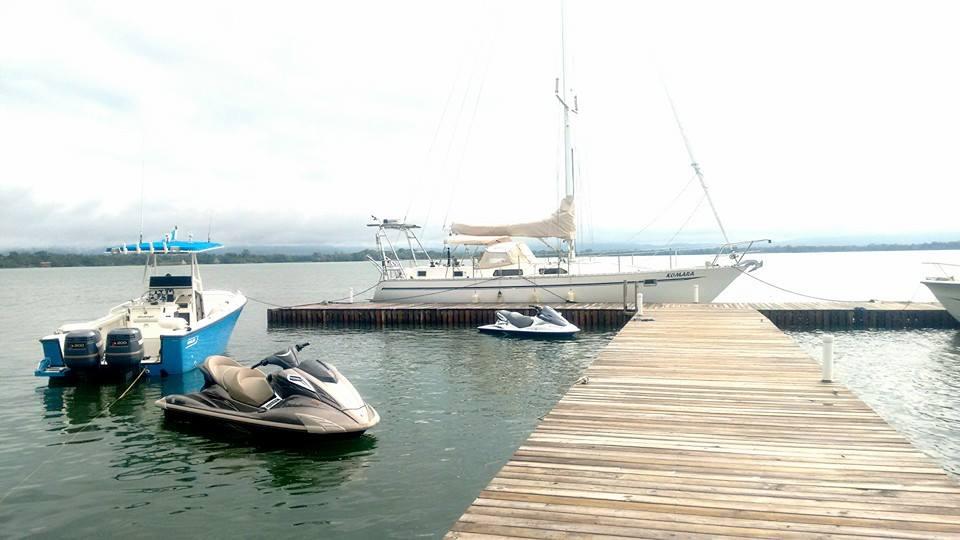 Muelle para yates y lanchas
