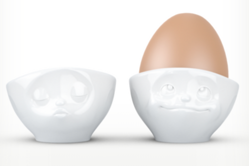 """""""Kissing & Dreamy"""" Egg Cup"""