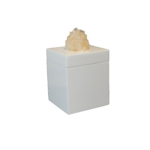 White Roxbury Box with Quartz Top