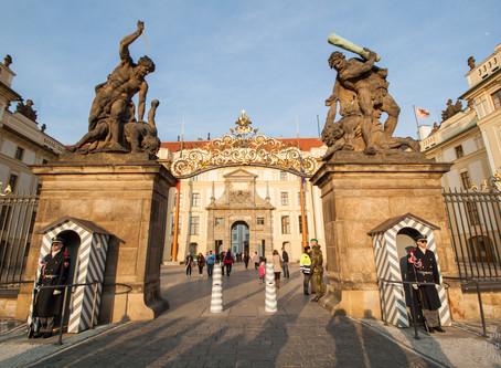 Pražský hrad bez kontroly a zdarma
