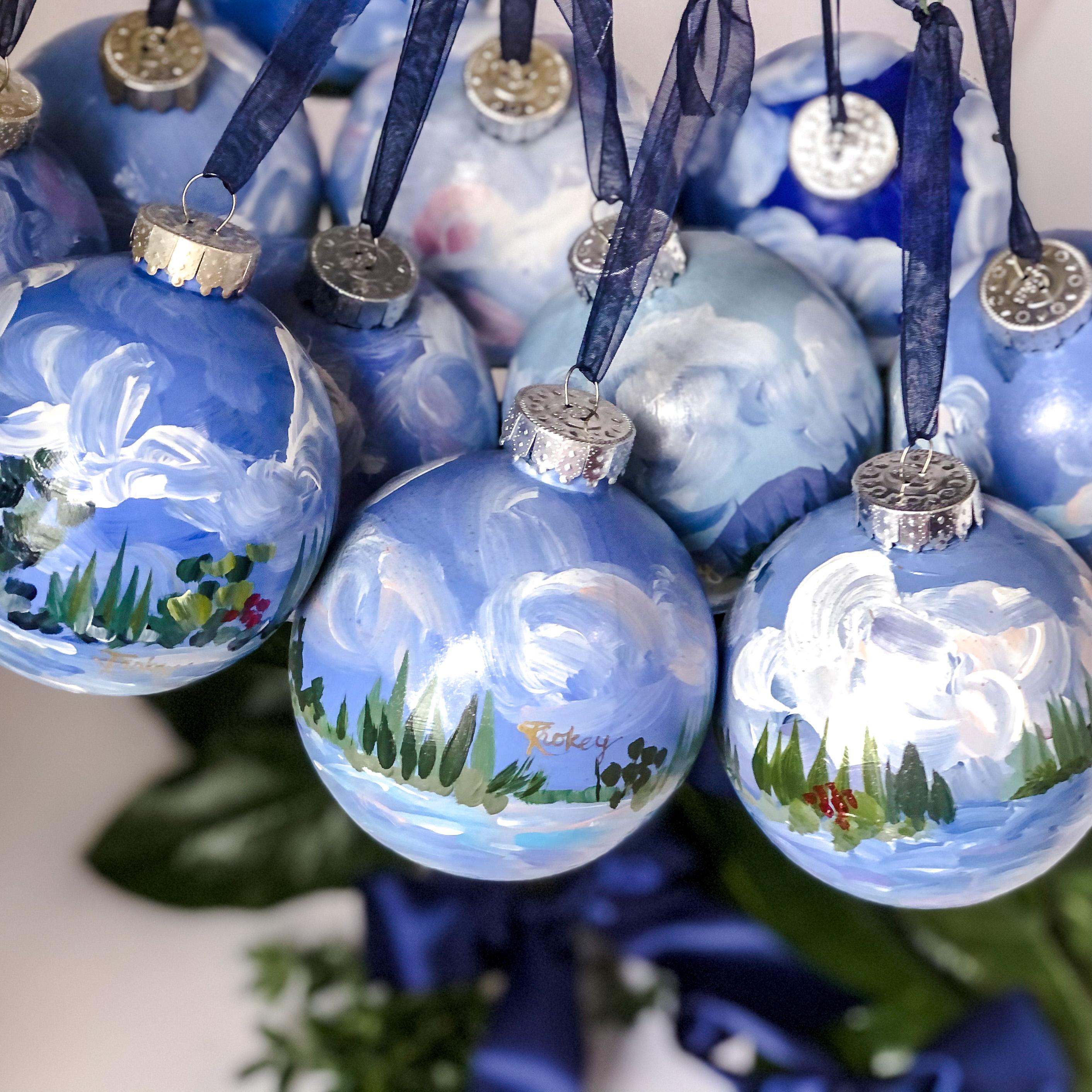 2020 Christmas hand painted ornament bun