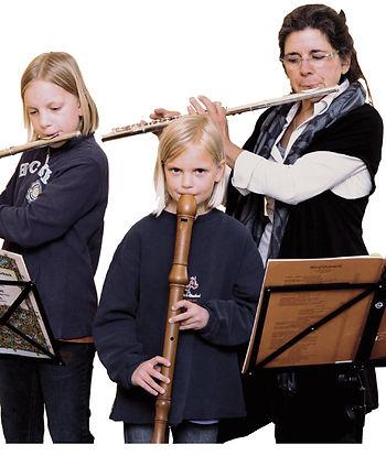 Blockflöten – Sopranino, Sopran, Alt, Tenor und Bass Querflöte in C, Klarinette in Bb,  Klavier