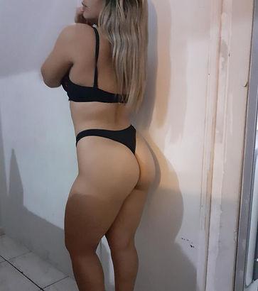Nicole 3.jpeg