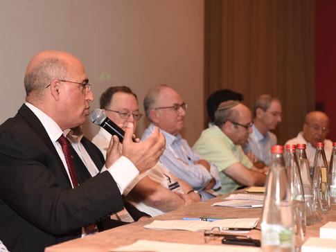דיון בנושא  מנהלי משרדי תכנון – מנהלי מחוזות חברת החשמל לישראל