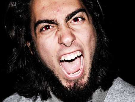 Victorian principals could gain power to bar aggro parents from schools