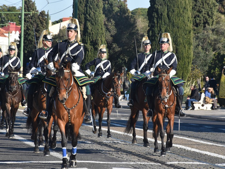 RSL frets over low registrations for Melbourne ANZAC march