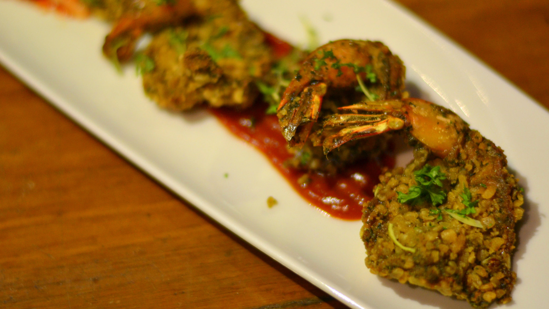 CURRY LEAF HERB CRUSTED PRAWNS