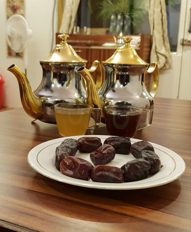 Qahwa (Arabic Coffee) & Turkish Tea
