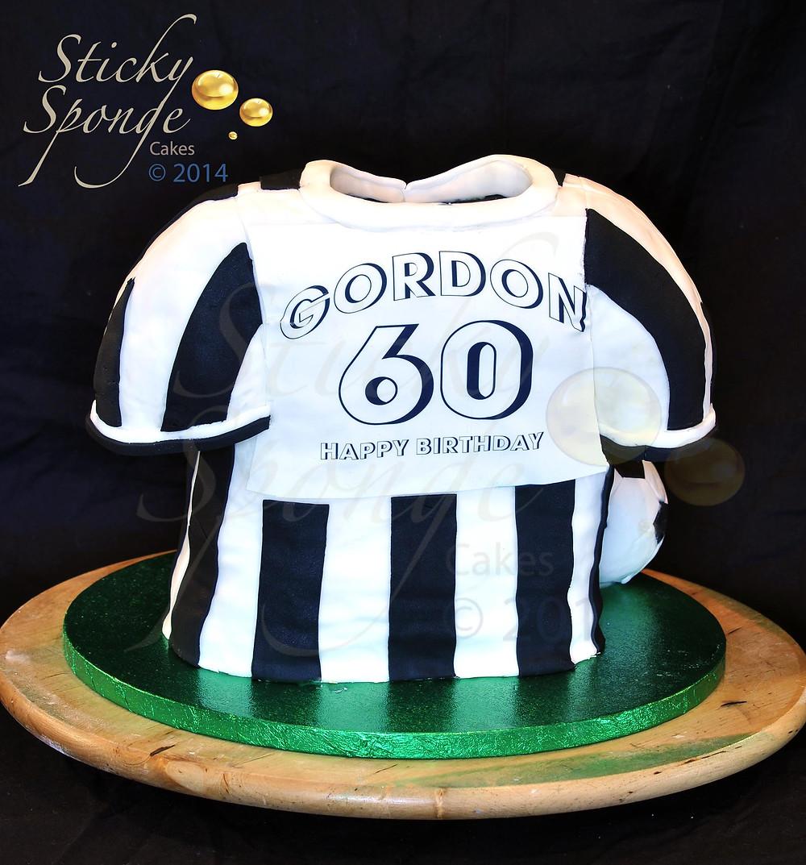 Newcastle Shirt Cake 2 Small.jpg