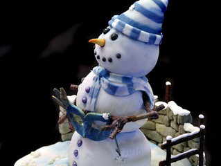 A Snowman Cake for the Snow Masquerade Ball