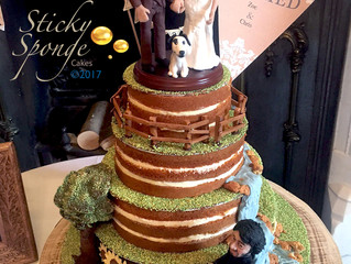 A naked wedding... Cake
