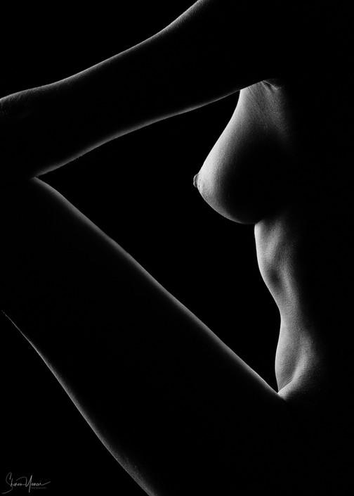 צילום עירום אומנותי - צללית