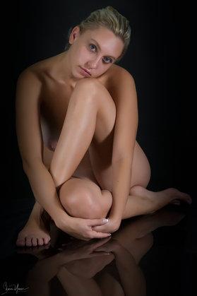 צילום נשיות - ישיבה