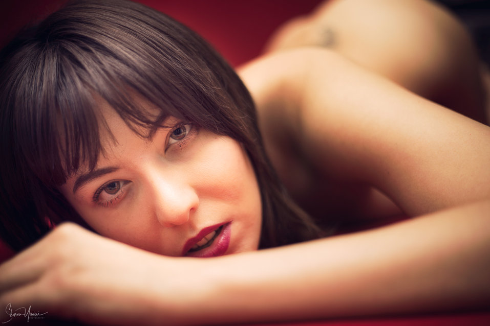 צילומי נשיות המדגישים את היופי הטבעי