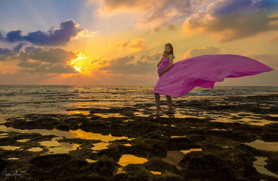 צילומי הריון - על החוף