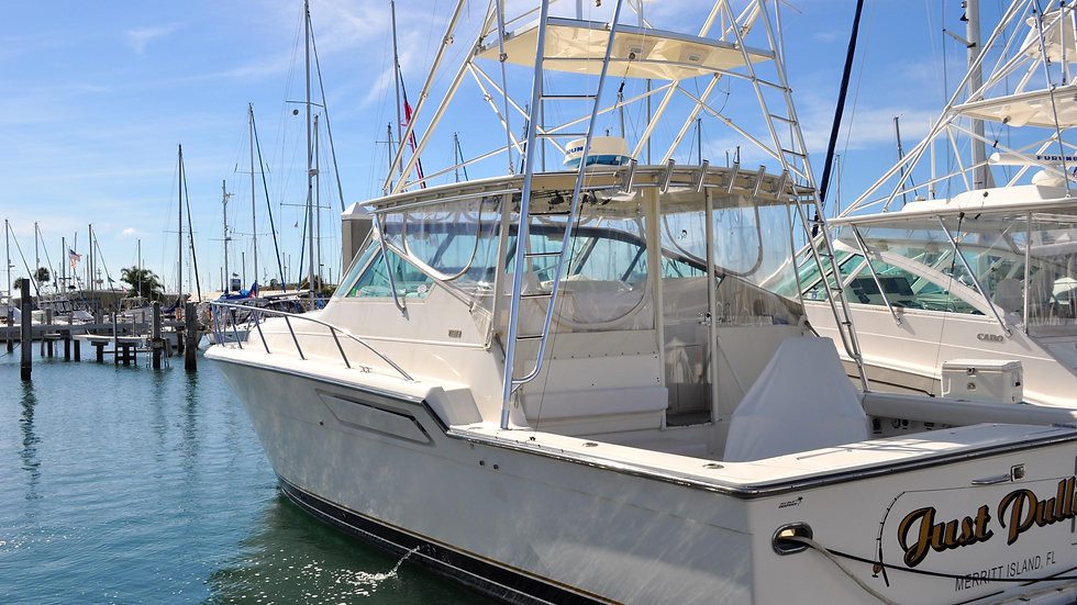 Tiara 4300 Express Sport Fish