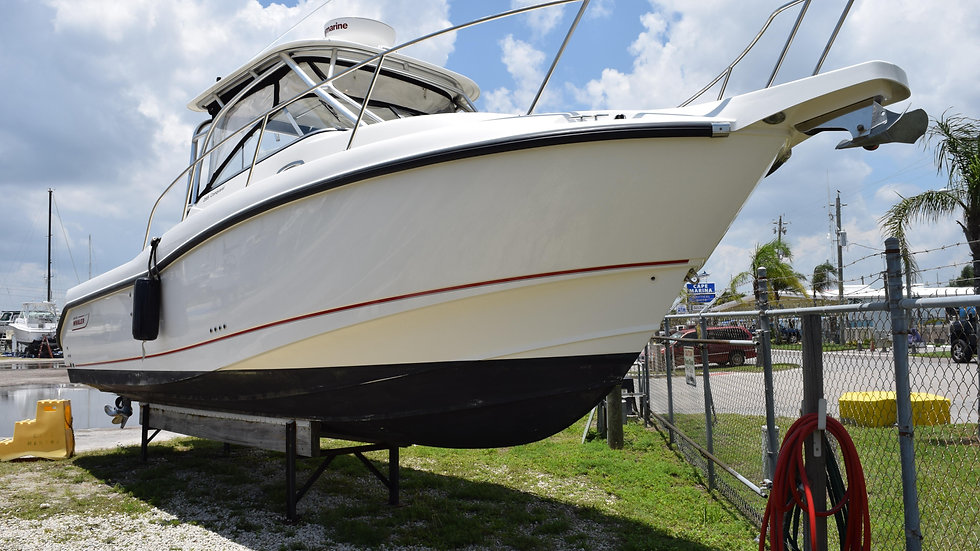 2011 Boston Whaler 285 Conquest