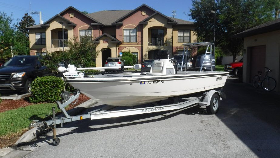 16' Hewes 16 Refisher 2010