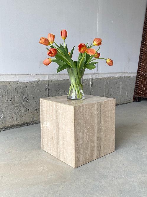Travertine cube table