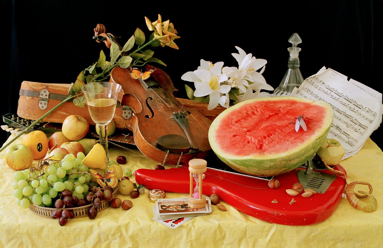 02-EinatArifGalanti-VnV-watermelon.jpg