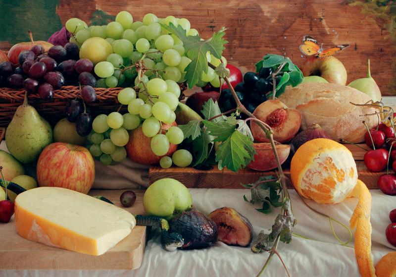 11-EinatArifGalanti-VnV-fruits.jpg