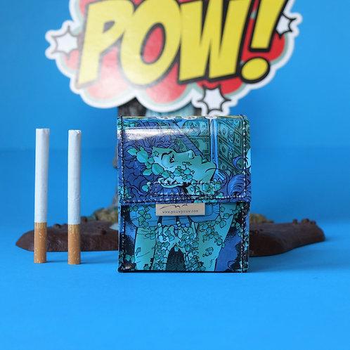 POISON IVY Zigaretten Hülle Comic upcycling Unikat (vorne)