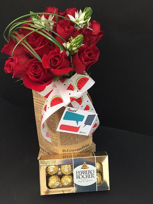 Rosas en bolsa vintage de periódico, con Chocolate Ferrero