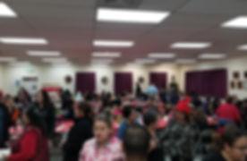 dinner crowd.jpg