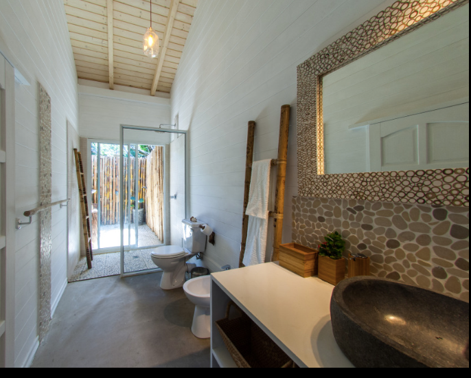 The outdoor shower is the best at La Pointe Beach Huts