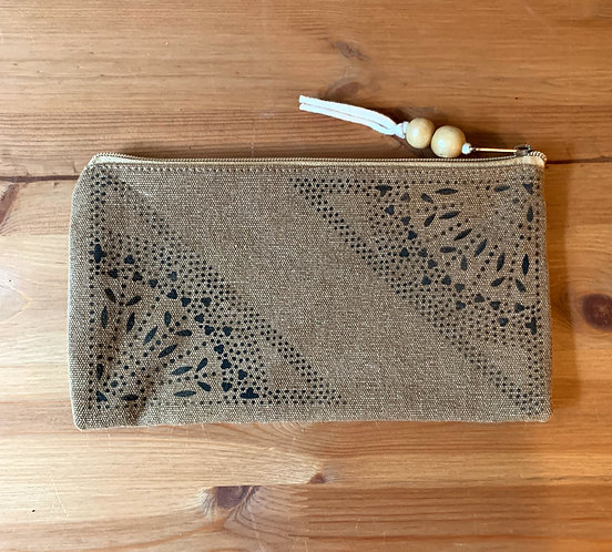 Olympic Pouch - Corner Lace