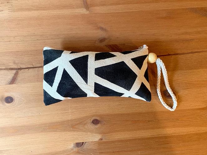 Fremont Wristlet - Modern