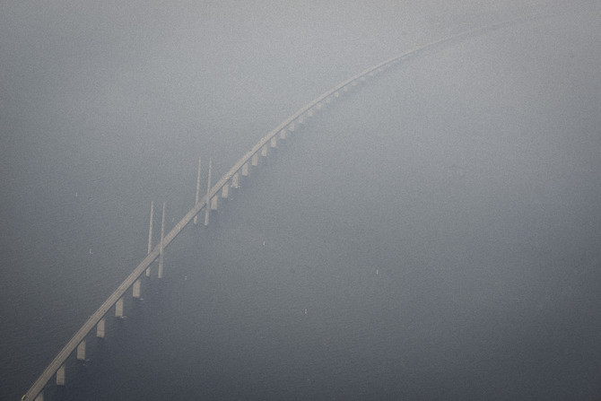 The Oresund bridge is closed for refuges