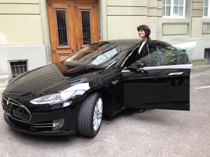 Ihr neuer Tesla: Sehr geehrte Frau Bundesrätin Doris Leuthard
