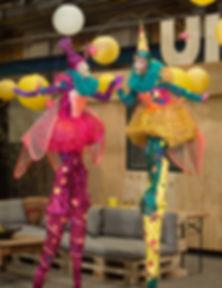 Jelicious Peace lichtjes lights zzz vrede wedding trouwen Jelicious amazing stilt acts stelten voorstelling Jelicious stelten act Arbres D or gouden bomen Jelicious Jelicious Golden trees stilt act stelten voorstelling Jelicious stelten van katoen biologisch natuur act stilt art Stilts stelten events party evenementen stelten festival jelicious Jorritsma Jelleke Jelicious golden stelten act straat theater feest