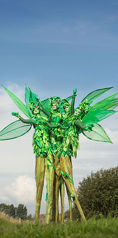 Jelicious Groene bomen stelten voorstelling