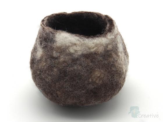 Pod/Pot Large  - Annie Brown
