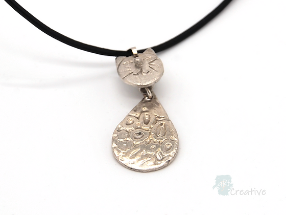 Necklace: Fine Silver 'Cheeky Cat' - Toni Peers
