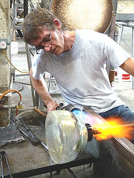 TIMOTHY HARRIS: GUEST ARTIST (Isle of Wight Studio Glass)
