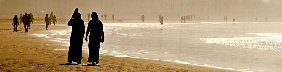 Essaouira, Mujeres Playa.jpg
