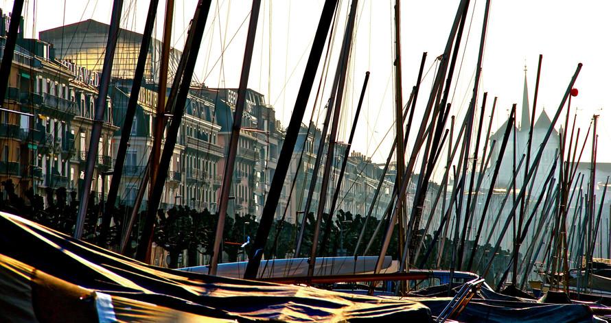 Ginebra, Puerto, mastiles.jpg